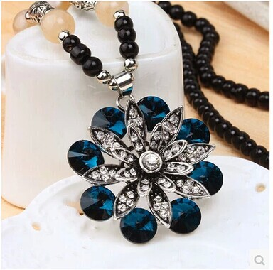 2015 women pendant necklace vintage fashion pendent women friendship bead rose big blue necklace sweater chain necklace jewelry(China (Mainland))