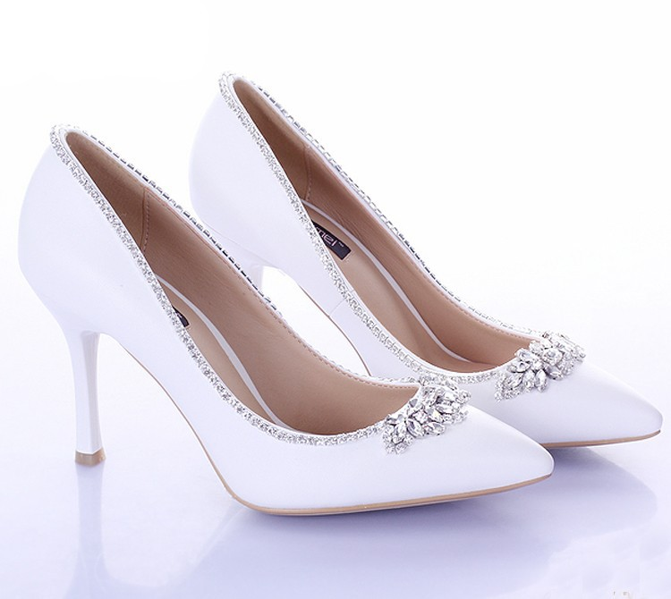 Sweet White Bridal Shoes with Crystal Pointed Toe 9cm Heels Women Pumps Satin Formal Dress Shoes Wedding Party Prom Shoes