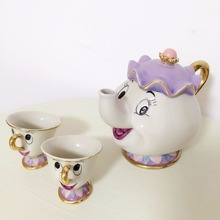 [1 POT + 2 CUPS] Cartoon Beauty And The Beast Mrs Potts Chip Coffee Tea Set Pot Cup Mug Porcelain 18K Gold-plated Ceramic Gift(China (Mainland))