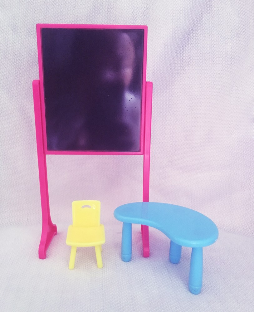 New Arrival Style classing room Furnishings (Desks+stool+ blackboard) For Barbie Kelly doll Equipment