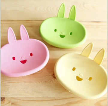 Cartoon smiling face little rabbit soap dish soap box pretty cute and practical(China (Mainland))