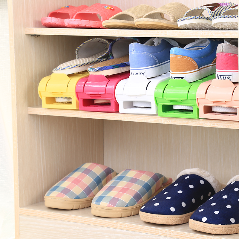 Double adjustable shoe rack plastic simple double three-dimensional storage means eight shoes(China (Mainland))