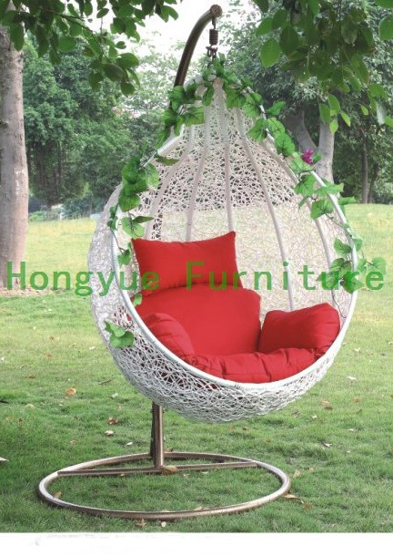 online kaufen gro handel rattan garten schaukel aus china. Black Bedroom Furniture Sets. Home Design Ideas