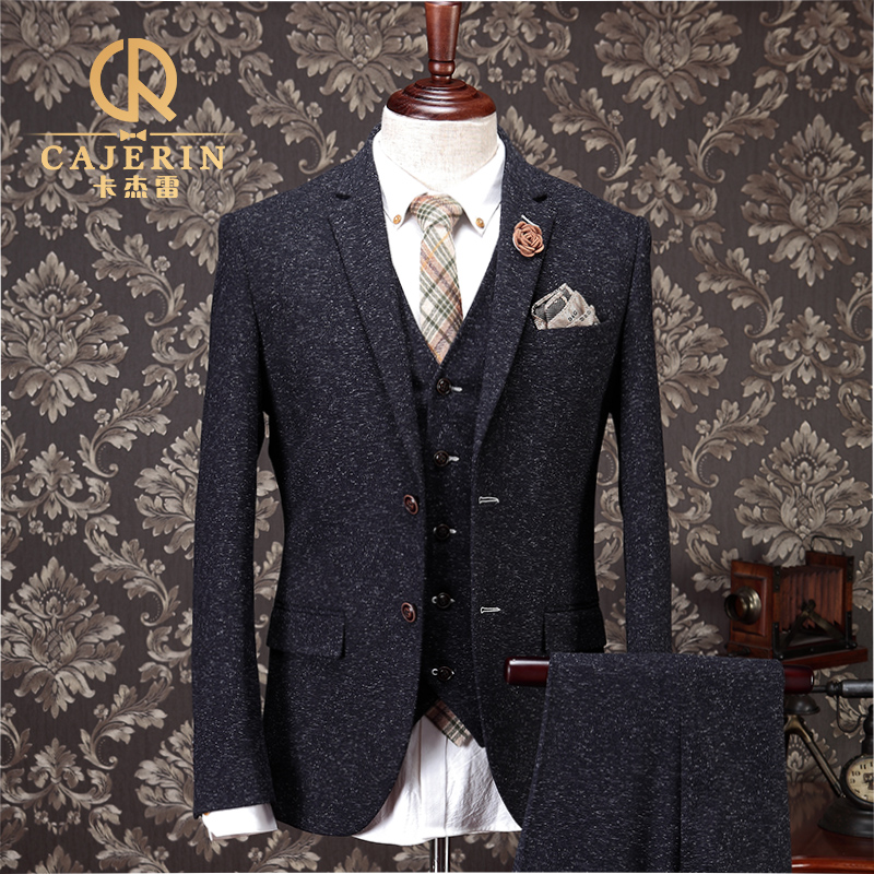 Tweed Wedding Suit Groom | Wedding Ideas