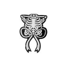 QIHE QH-GIOIELLI Scheletro Del Cuore Del Cranio Gatto Pietra Tombale Lampadina Scienza Funziona Utero Sterno Spille Spilli collection Punk Risvolto Spilli(China)