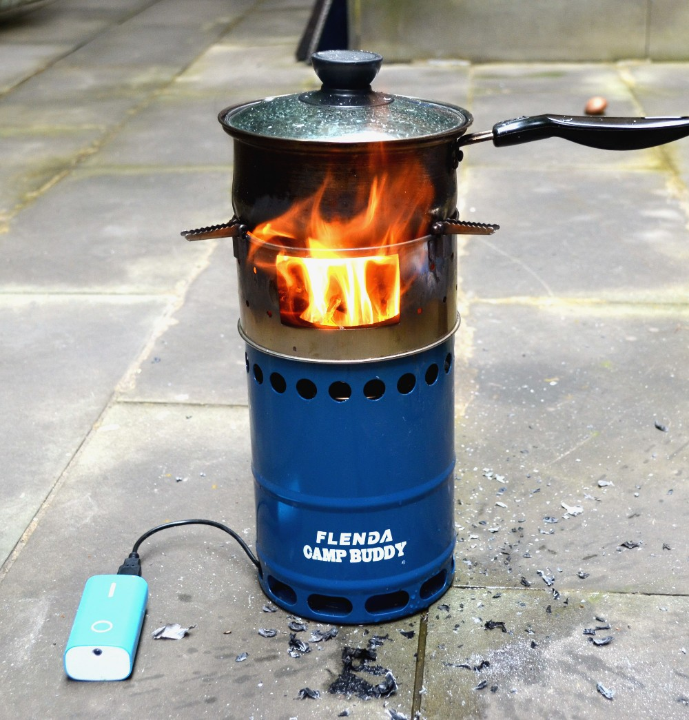 Portable firewood camping stove for high altitude hiking for Outdoor wood cooking stove