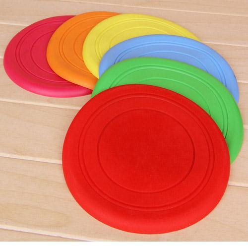 frisbee pure color puppy fly saucer non-toxic bite resistant new disc toys dog training outdoor treat frisbee silica soft fold(China (Mainland))