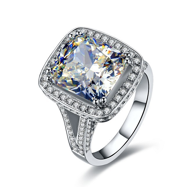 8CT Cushion Extreme Luxury White Gold Synthetic Diamond Engagement Solitaire Gold Ring For Women 18K Jewelry Ring AU750 Wedding(China (Mainland))
