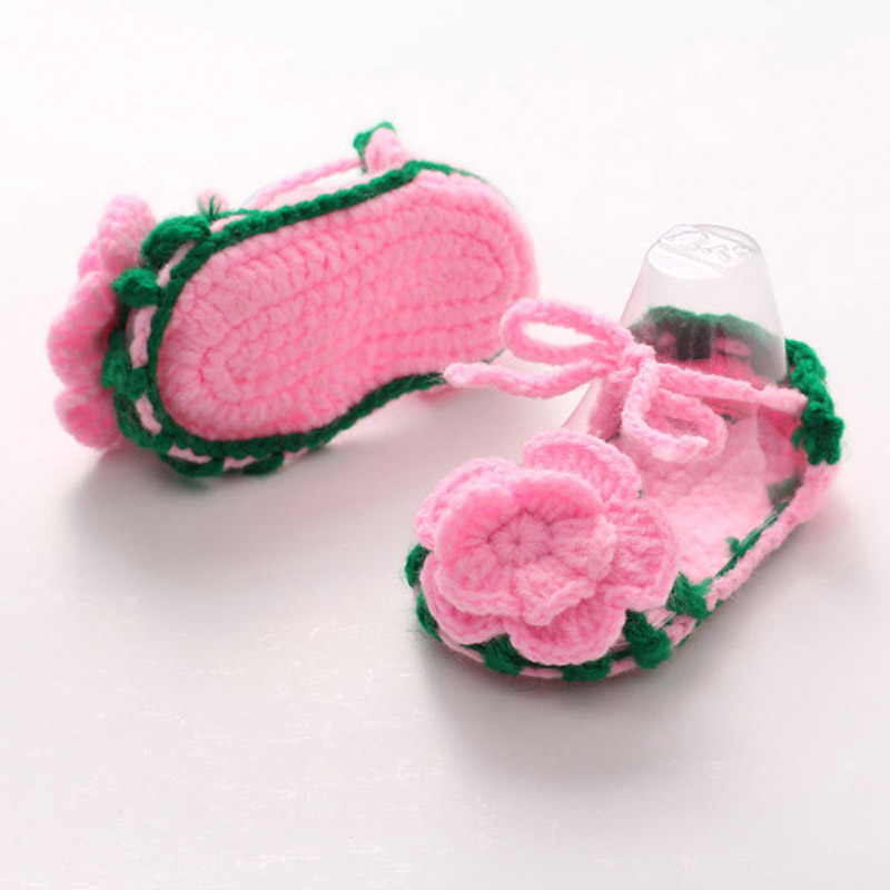 Crochet Baby Shoes Handmade Crocheted Girl Shoes with Flower for Spring and Summer Bebe Slippers 5 Pairs XZ051(China (Mainland))