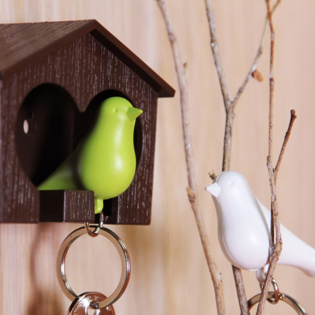 Free Shipping 1Piece DUO Sparrow Key Ring with Birdhouse Keychain Gadget for Home Decoration