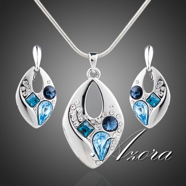 Platinum Plated Blue SWA Element Austrian Crystal Clip Earrings and Necklace Jewelry Sets FREE SHIPPING!(Azora TG0042)