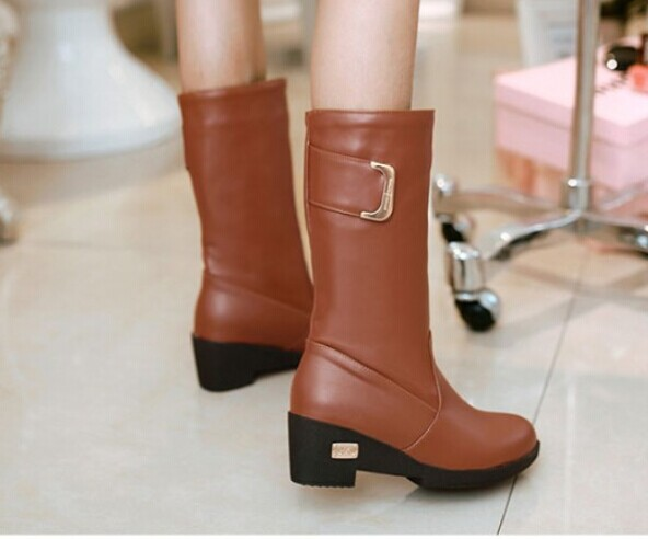 Big size 34-43 Snow Boots Punk Buckle Shoes Women Fashion Half Knee High Boots Low Heels Winter Warm Fur Shoes Snow Boots