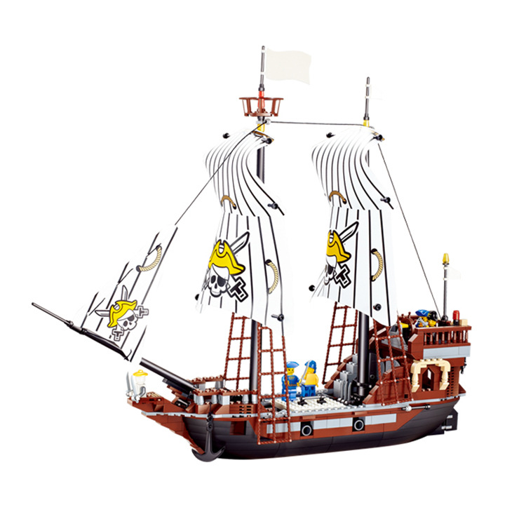 Здесь можно купить  678pcs Pirates series building blocks Black Pearl No. Pirate Ship Bricks Blocks Kids Educational Bricks Toys legoe Compatible  Игрушки и Хобби