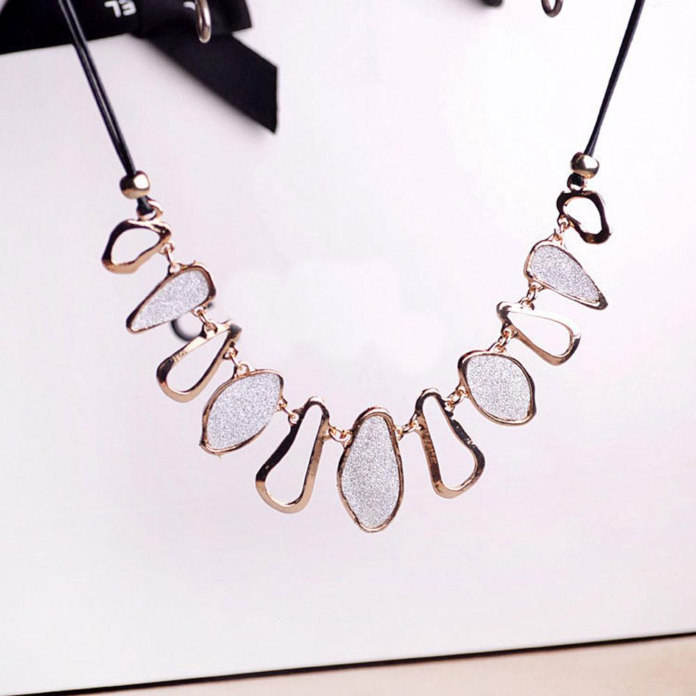 Fashion Women Retro Gold Bib Statement Collar Necklace Chain Chunky Choker(China (Mainland))