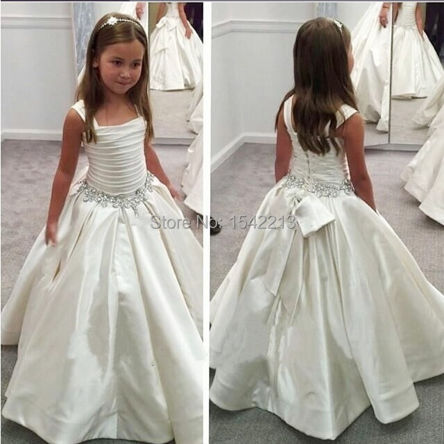 Ball gown style girls white first holy communion dresses for Wedding party dresses cheap