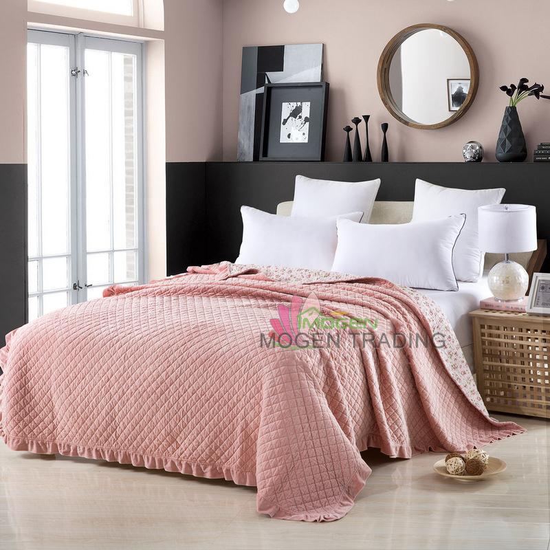 achetez en gros couette solide couleur en ligne des grossistes couette solide couleur chinois. Black Bedroom Furniture Sets. Home Design Ideas