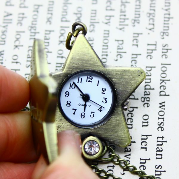 2015 new Top quality wholesale antique lucky star Necklace trek pendant watch for women ladies hot sale pocket fob watches(China (Mainland))