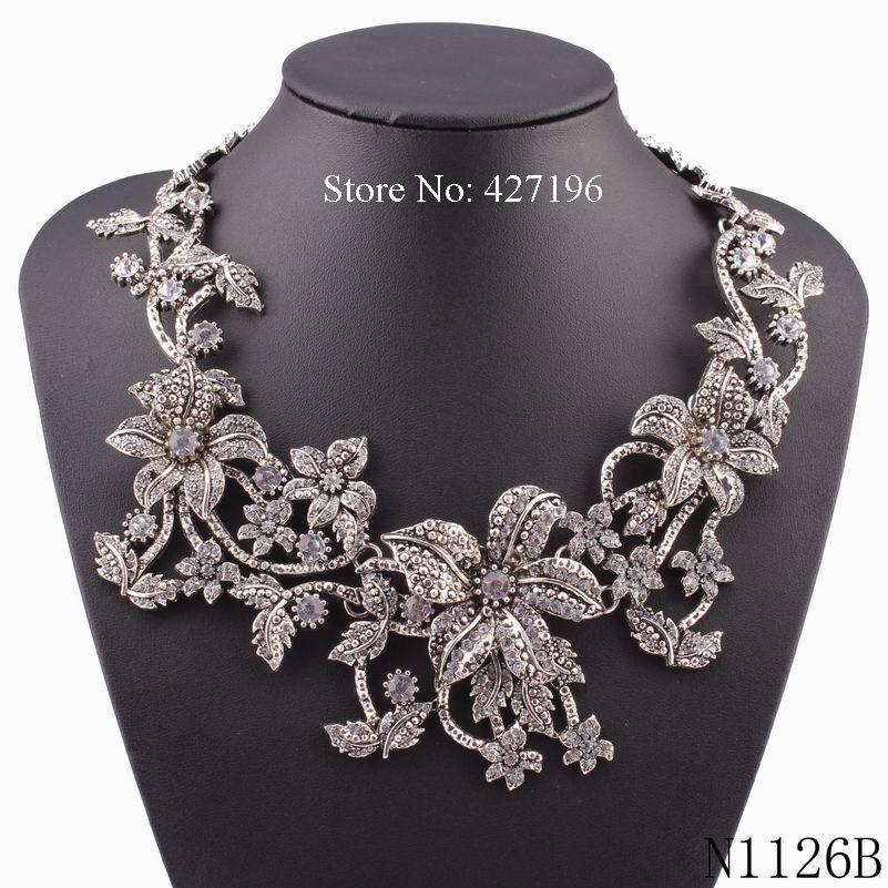 Luxury Style Handmade Flowers Necklace Silver Crystal Rhinestone Inlaid Alloy Base Short Statement Women Jewelry(China (Mainland))