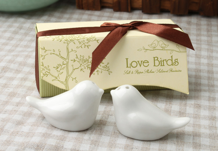 2015 Sale Birthday Decorations Kids Wedding Favors And Gifts Wedding Favor Love Birds Salt And Pepper Shaker Favors for Gift/1(China (Mainland))