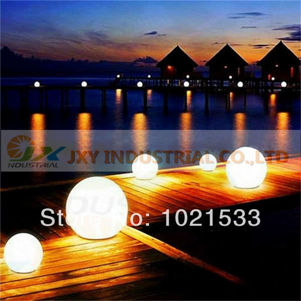 Hot!! sale Rechargeable Waterproof Diameter 20cm Decoration led inflatable ball(China (Mainland))