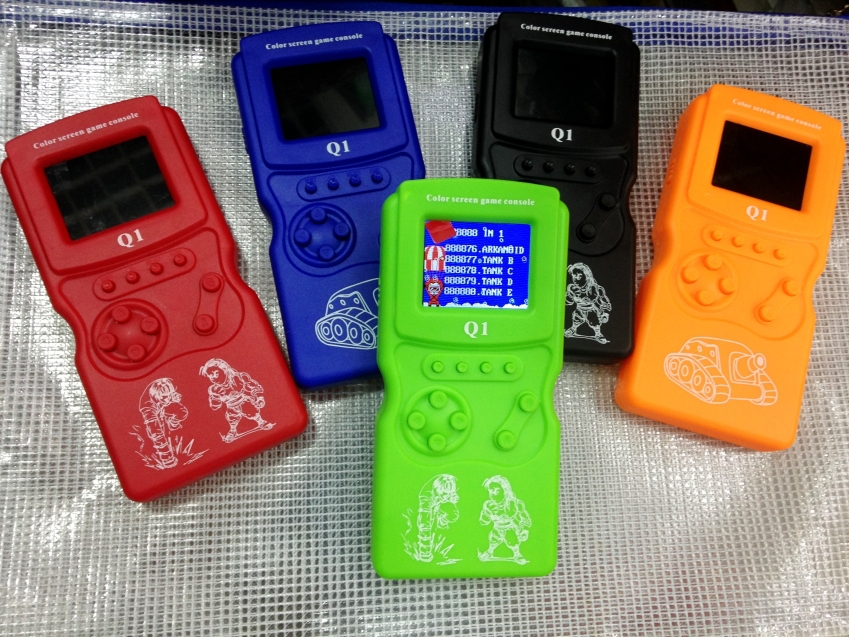 2015 Color screen /Tetris game Children's game Handheld game consoles(888NI1) 2 inches color screen(China (Mainland))