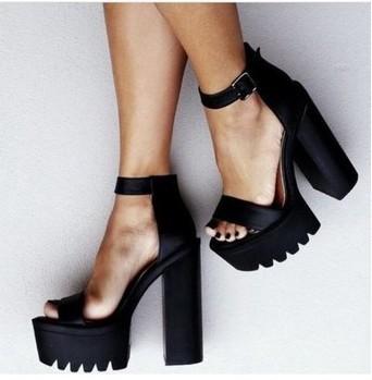 Black Pumps Thick Heel