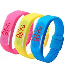 Licht- bis spielzeug sport led uhr süßigkeiten farbe silikonkautschuk touchscreen digitaluhren wasserdichte armbanduhr kleid armband geschenk(China (Mainland))