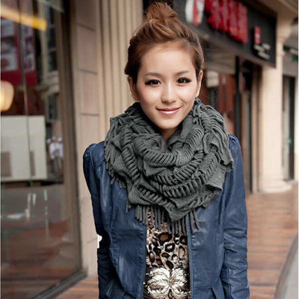 2016 Women Ladies Fashion Solid Color Charming New Warm Chunky Fringe Layered Knit Snood Neck Circle Scarf Tassel Free Shipping(China (Mainland))