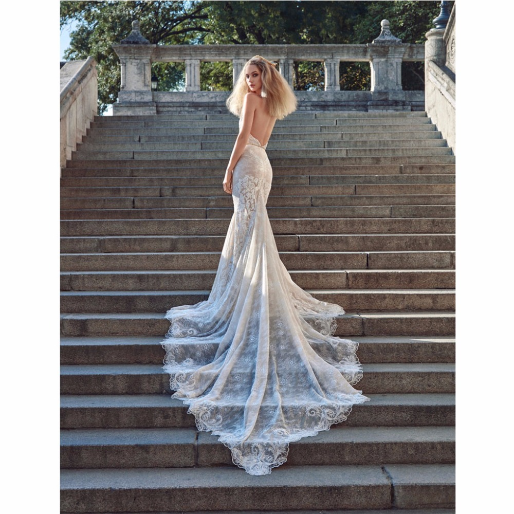 2017 New Simple Beach Women Wedding Dresses Halter Neckline Embroidered Lace Bridal Mermaid Dress With Long Tiered Layers Bride(China (Mainland))