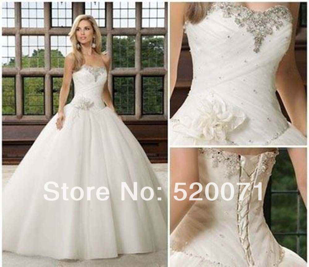 Beautiful ball gown sweetheart sleeveless crystals tulle for White or ivory wedding dress