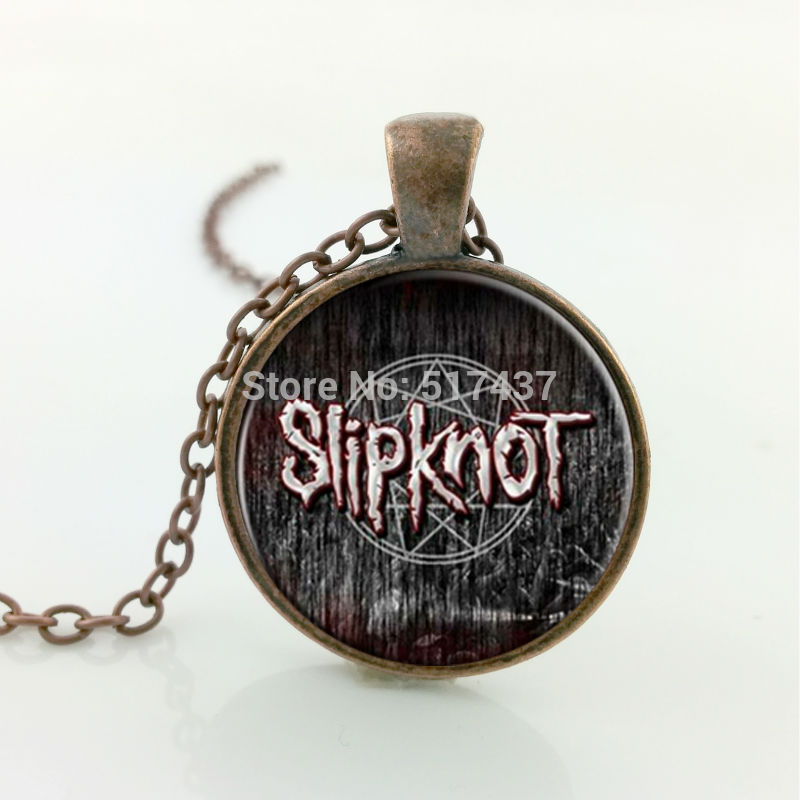 Free shipping Glass Picture Necklace Rock Band Slipknot Logo Necklace glass retro chain art glass cabochon necklace(China (Mainland))