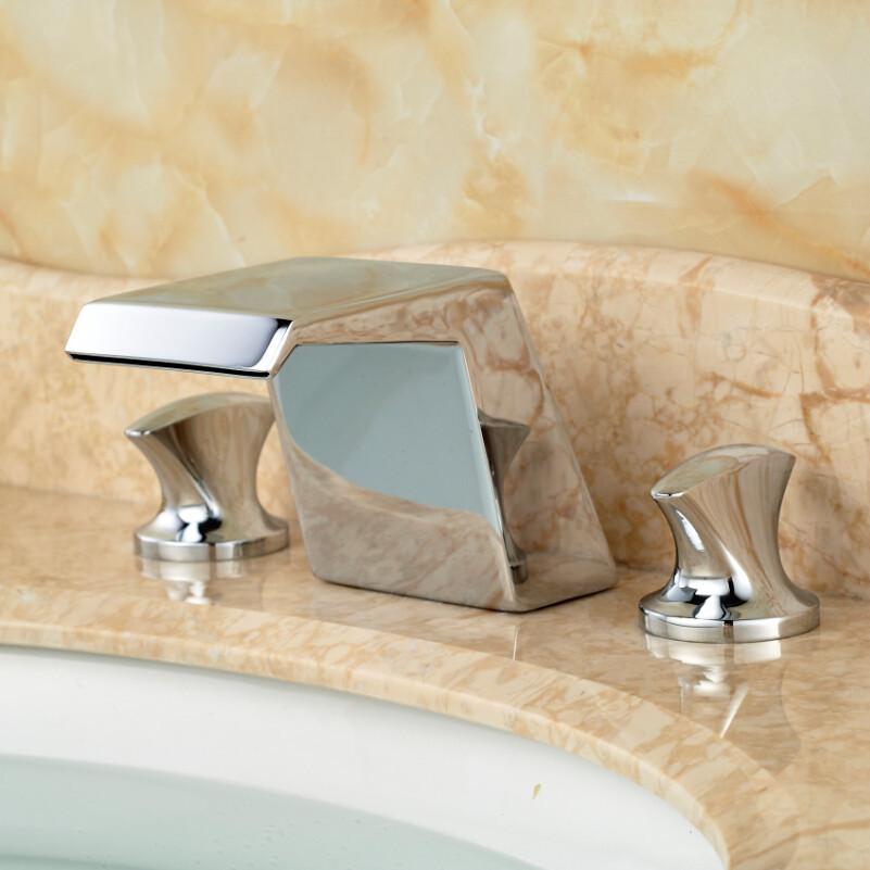 Купить Полированный Хром Водопад Бассейне Мойки Смесители Палуба Крепление Двойной Ручкой Ванной Комнаты Кран
