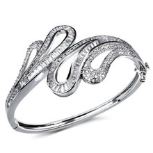 Aliexpress Collections Wedding party jewelry Allergy Free Synthetic Cubic Zirconia Deluxe Rhinestone wedding bridal bracelet(China (Mainland))