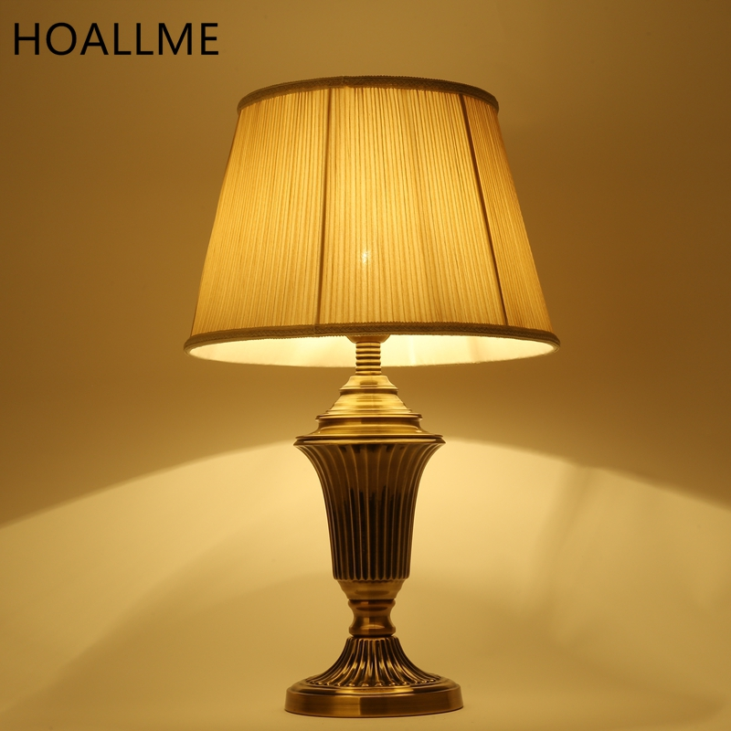 Old Fashioned Table Lamps For Sale