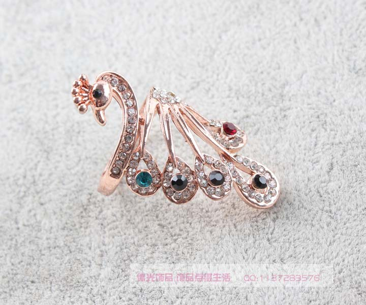 10pcs/lotChristmas Gift Classic Genuine Austrian Crystals Sample Sales Rose Gold Plated Peacock Ring Jewelry Party OFF(China (Mainland))