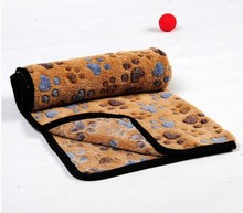 Dogs coral fleece pet pad dog mattress quilt blanket dog cages pad kennel8 mat winter thermal(China (Mainland))