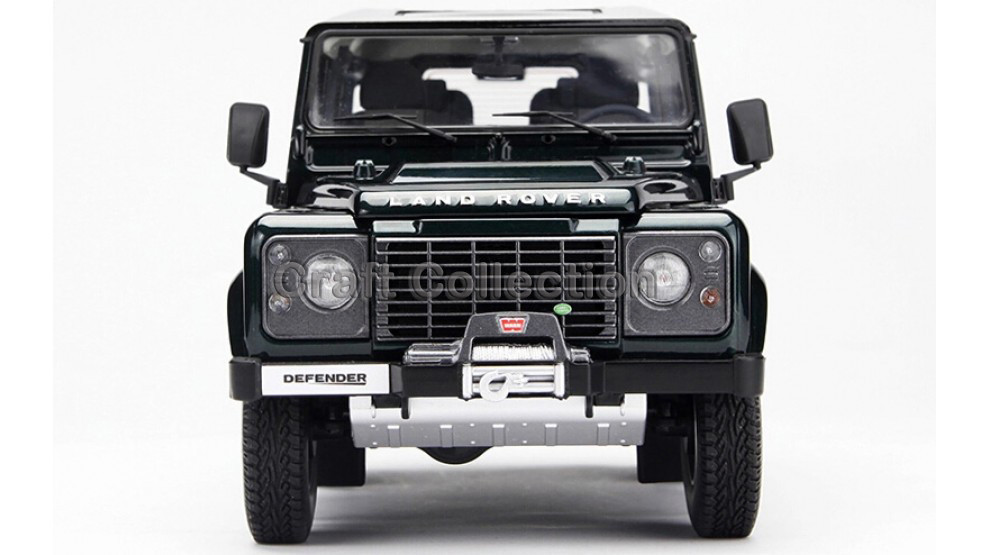 Automotive Mannequin for Inexperienced 1/18 Land Rover Defender 90 Kyosho Diecast Alloy Mannequin Automotive Diecast Miniature Mannequin Kids Toys Sizzling Presents