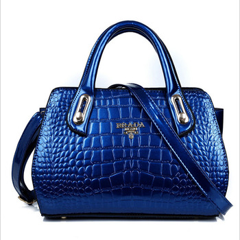 Женская сумка женская новинка сумка сумочка лакированной кожи аллигатора тиснение тотализатор сумка на плечо