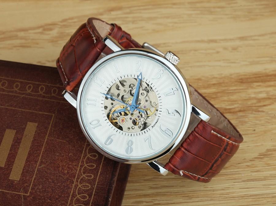 GOER марка Автоматические механические мужские Наручные часы Цифровой моды часы мужская Кожаная водонепроницаемый Световой Скелет