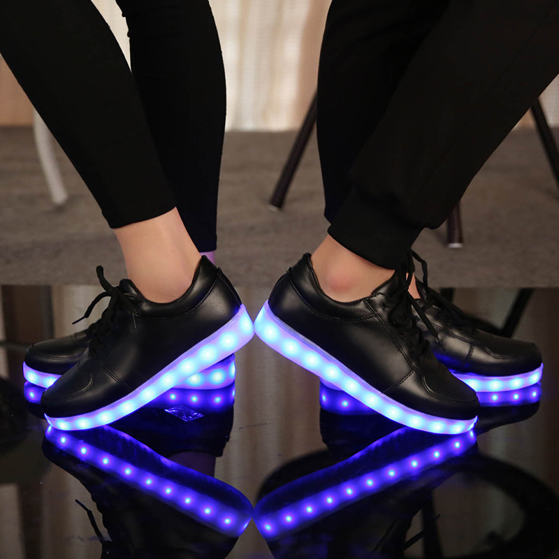 2015 Women Colorful glowing shoes with lights up led luminous shoes a new simulation sole led shoes for adults neon casual shoes<br><br>Aliexpress
