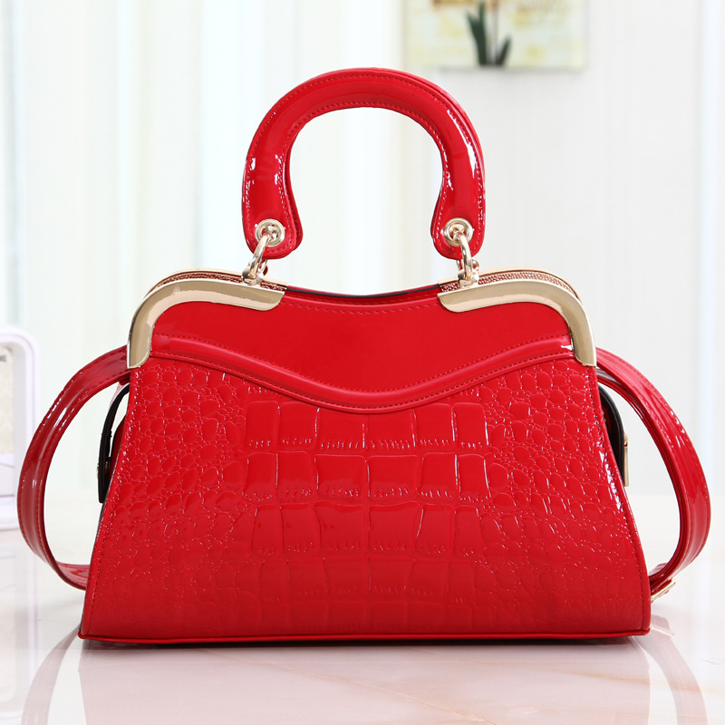 http://g03.a.alicdn.com/kf/HTB1ke_MHVXXXXcYXVXXq6xXFXXXW/free-shipping2015-August-new-style-the-already-set-women-font-b-leather-b-font-handbags-sell.jpg