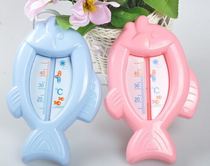 1Pcs Newly Baby Care Cute Fish Shape Baby Bath Thermometer Baby Tub Water Sensor Toy Thermometers