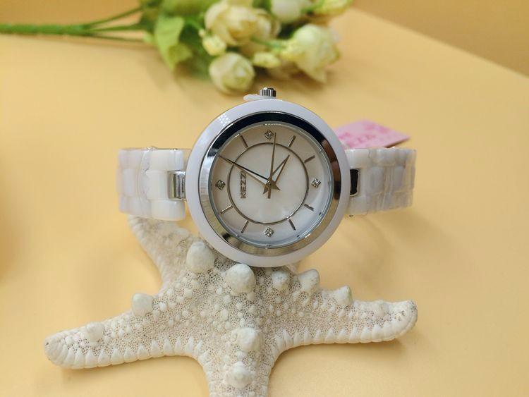 Горячая распродажа KEZZI марка керамические ремешок часы женщины платье часы, Кварцевые аналоговые военные часы водонепроницаемый наручные часы K897