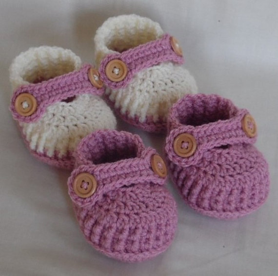 crochet baby shoes girl booties knitted boots handmade newborn shoe shower gift, CHOOSE COLOURS and SIZES(China (Mainland))