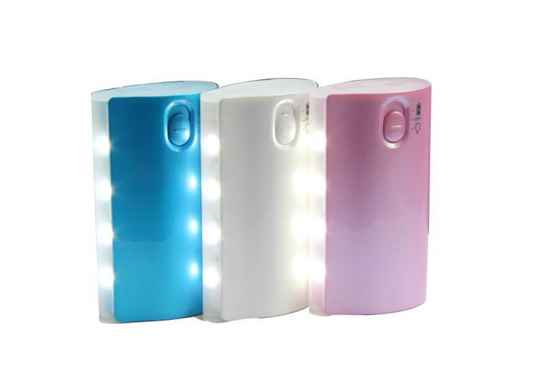 5600mah LED Power Bank Portable Charger Emergency Charger external battery pack for iphone,samsung S4 cellphone PS3 GPS,MP3 MP4(China (Mainland))