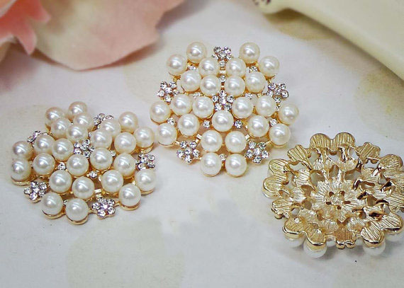 30mm Large Pearl Buttons Flatbacks Gold Pearl Rhinestone Buttons Crystal Buttons Pearl flower centers Bridal accessories 5PCS(China (Mainland))
