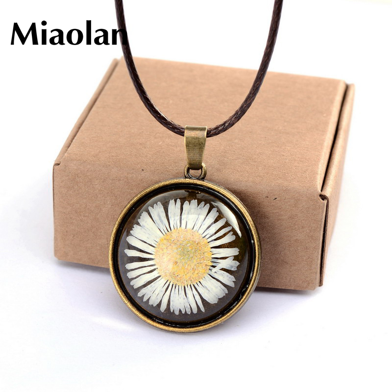 Copper Plated Glass Floating Locket Dried Flower Real Daisy Necklaces Women Dried Pressed Flowers Necklace DIY Jewelry(China (Mainland))