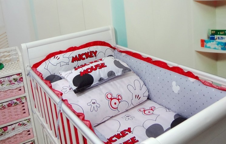 Promotion! 6PCS Mickey Mouse baby cotton crib bedding set Applique bed around bed bumper (bumper+sheet+pillow cover)<br><br>Aliexpress