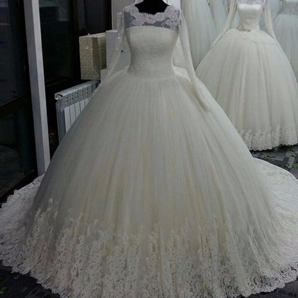 Long sleeve lace wedding dress puffy ball gown wedding for Long sleeve ball gown wedding dress