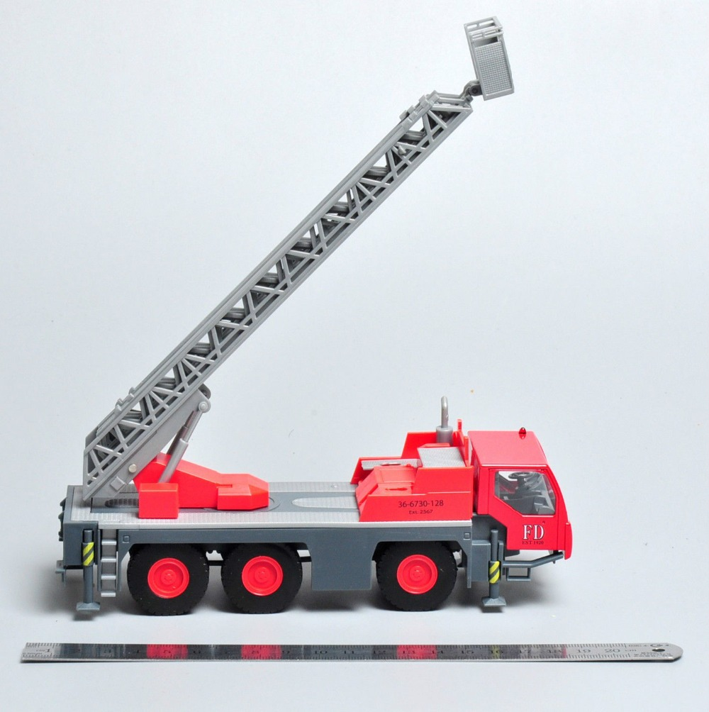 1/87 Scale Fire Truck Model Toys Classic Plastic Emergency Fire Engine Diecast Truck Model Collection Gift For Collectors(China (Mainland))